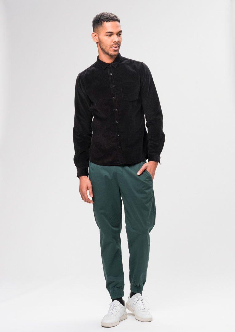 Corduroy Shirt Black von Recolution